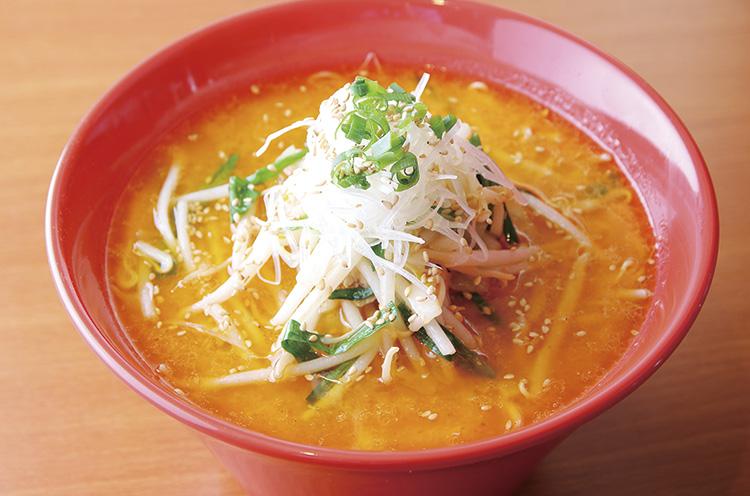 まろやかな味噌とニンニクの風味がクセになる『特製味噌』(780 円)