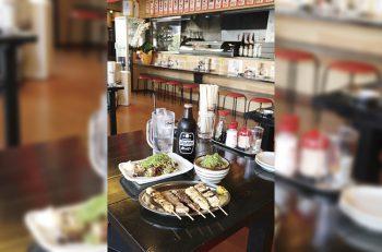 串焼きを食べながら「昼飲み」しちゃおう!