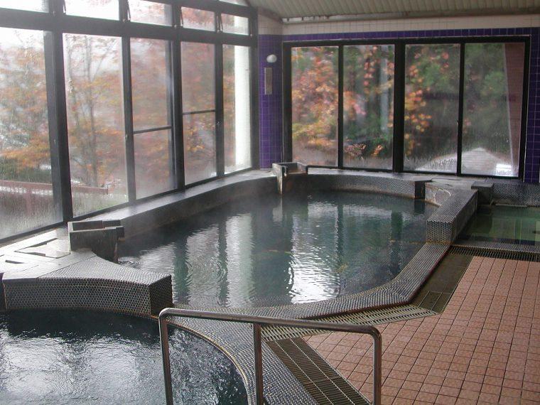 三川、新三川、角神、きりん山、かのせ、津川、御神楽、七福(七福荘は3月末まで休業)など8つの温泉が楽しめるのも魅力