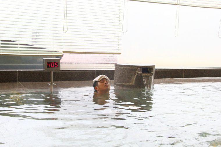 取材時は和楽の湯。内湯の温度は40.5℃。熱すぎず入りやすい
