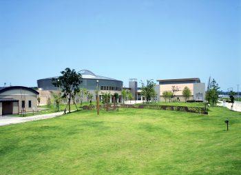 さまざまな施設が集まる刈羽村自慢の学習センター