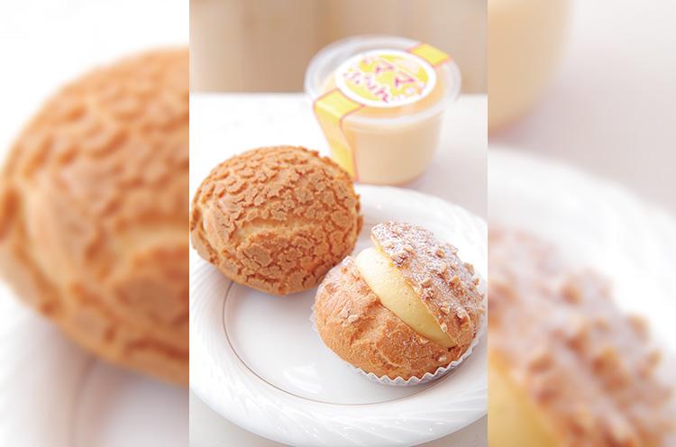 シュークリームは食感や味わいが異なる2・3種類を用意している