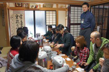 村上茶について聞いて、見て、 味わい語らうひと時を
