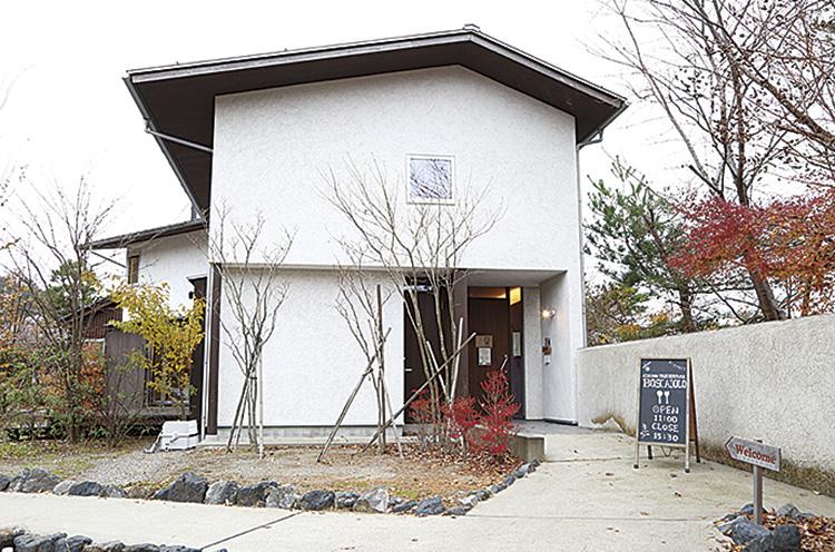 お店は、二村建築モデルハウスを使用。「こんな家に住みたい!」と思ってしまうほど素敵な家