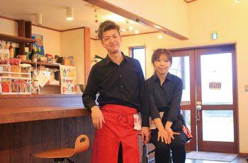 仲良し夫婦が営むスパイスカレーのお店が三条にオープン