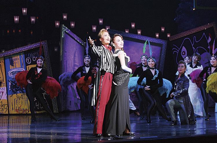 Ⓒ宝塚歌劇団 ※写真は公演内容とは異なります