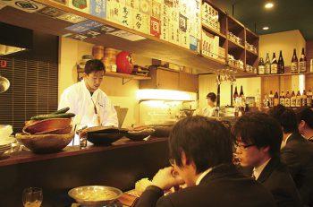 牛煮込みをおつまみに日本酒で乾杯!
