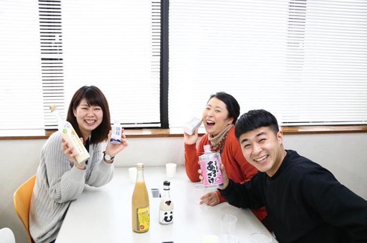 パート1に引き続き、(左から)編集部の佐藤、高橋、片岡がお送りしま~す!