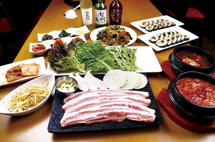 美味しいと評判の本場韓国料理が楽しめる