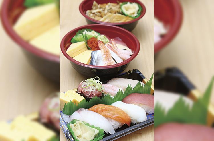 手前から『花セット』『花丼』『穴子丼』の持ち帰り限定(予約割引対象外)の550円シリーズも大人気。丼物はプラス50円で大盛りに。