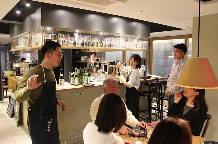 新潟市中央区のレストラン「80万人のためのフレンチ OV」で 新しい切り口の日本酒講座を1月~3月に3度実施。料理とのペアリング をテーマにした、第1回目にお邪魔させてもらいました