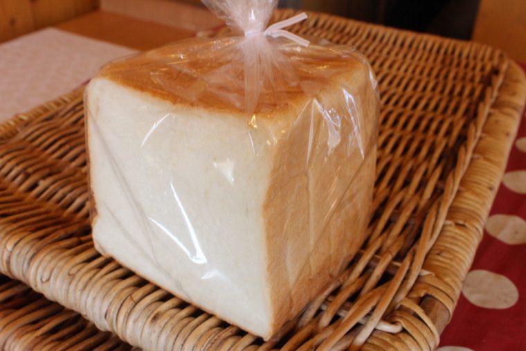 食パン(1斤270円)