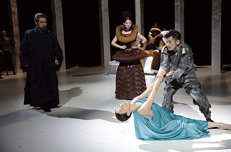 劇的舞踊vol.3「ラ・バヤデール̶幻の国」 Photo:Kishin Shinoyama