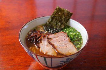 50歳にして日本料理からラーメン道へ転身! すっと体に染みる味です。