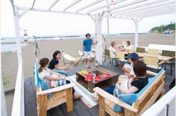 県内特派員HOT NEWS【柏崎特派員/杤堀耕一さん】 柏崎に「オシャ」なビーチテラス、あるんです!