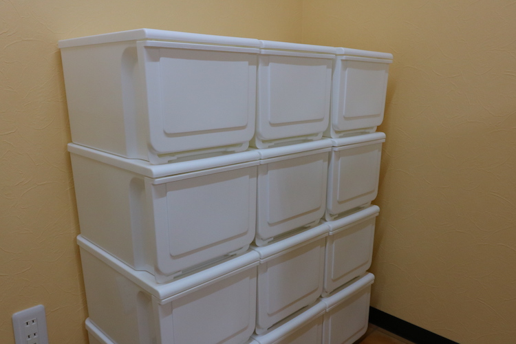 食材のストック棚もたっぷり。