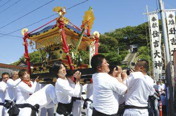 【出雲崎町】約50軒の露店立ち並ぶ、風情たっぷりのお祭り