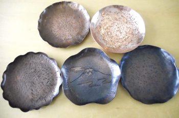 彫金や鎚起銅器でオリジナル作品を作ろう