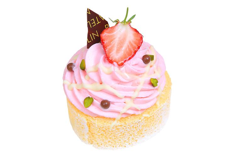 【新発田市】パトランの『ピンクトルネードホイップロールケーキ』