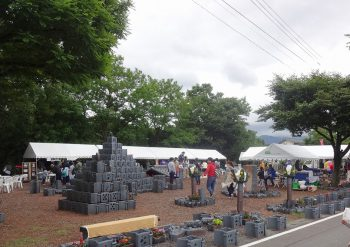 【阿賀野市】やすだ瓦の産地で行なわれる恒例イベント。「瓦焼きグルメ」もあるよ!