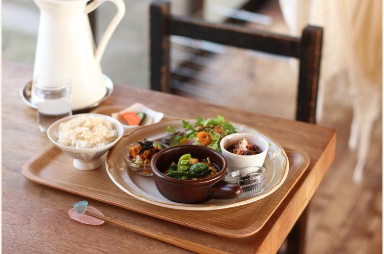 体にやさしい食材を積極的に使用した料理は、食べれば「ほっ」とできるおいしさ