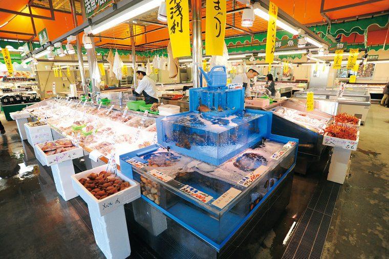 こちらは「あるるんの海」。期間中は寿司や刺身をはじめ、特別価格にて提供!