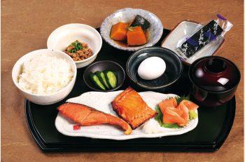 これが日本の朝ごはん! 週末限定で朝営業を開始