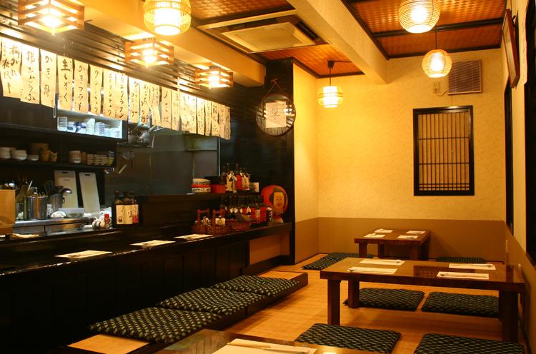 新潟市内での撮影が8日間。その内の6日間を出演者たちが食事をしたという古町9番町の割烹烹「ふくゐろ」。食通御用達の店
