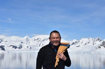南米の民俗楽器「ケーナ&サンポーニャ」の世界的奏者・瀬木貴将が新発田でライブを開催