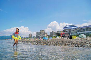 【村上市】環境省認定の「快水浴場百選」に選定さているキレイな海