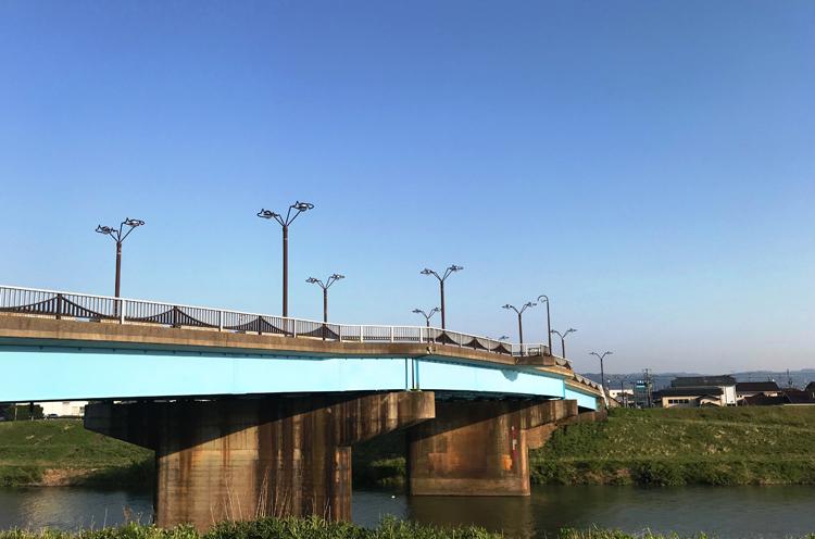 三条市の昭栄大橋