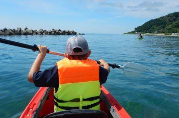 今年の夏は粟島で、自然に触れて楽しむ体験学校に参加しよう!