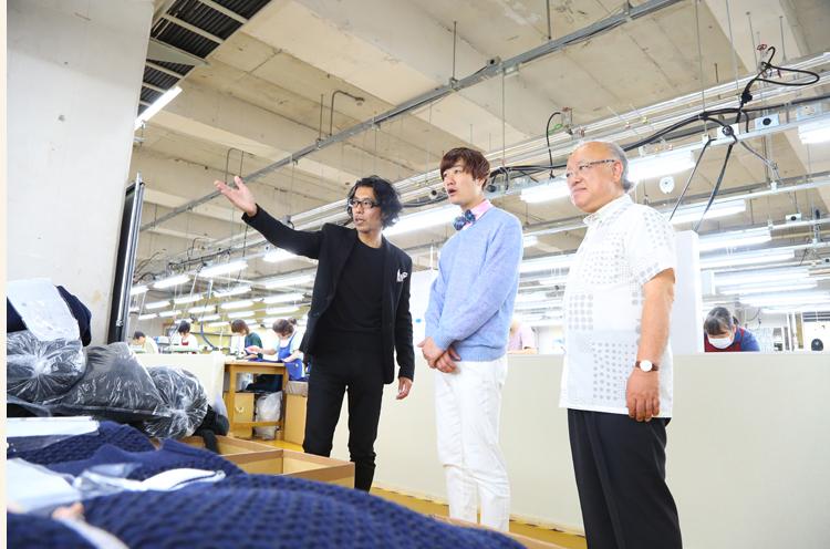 第一ニットマーケティングの工場を見学。あの有名世界的ブランドの製品もここで作られているのだ!