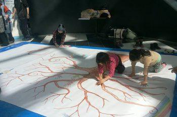 障がいのある人たちが制作したアートが、岩室温泉街の各施設に展示されます。散策がてらぜひ!