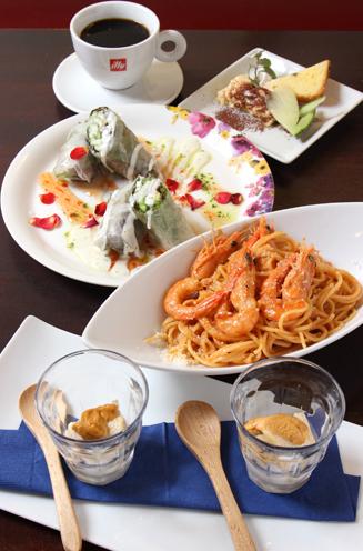 高級食材とIryの夜のメニューが楽しめる『満喫ランチ』(1,800円)