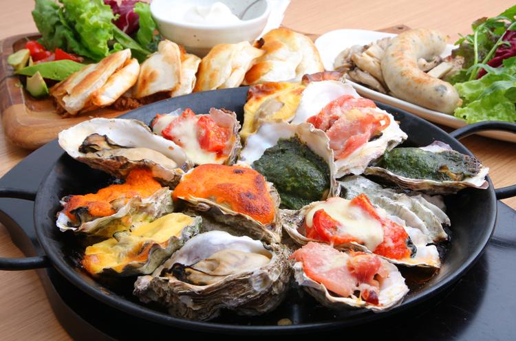 牡蠣を使った一品料理が充実