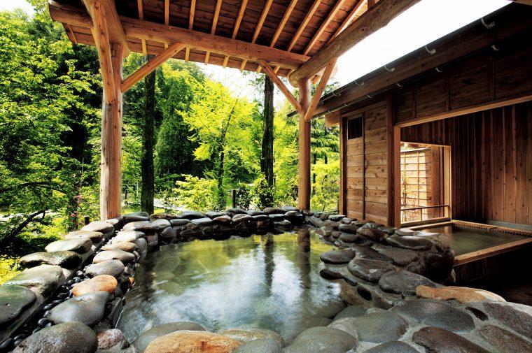 宿泊客の貸切風呂としても使用される「山の湯」