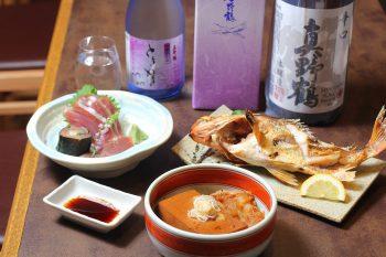 店長自慢の肉豆腐と佐渡のお酒で乾杯しよう|長岡市