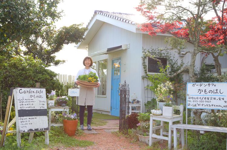 ガーデニングが趣味の店主・和田小百合さん