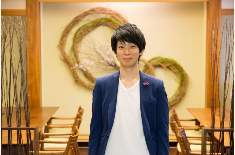 山岸さんは、1982年生まれの36歳。やさしい笑顔とやわらかな所作に、早くも心が掴まれちゃったかも・・・(笑)