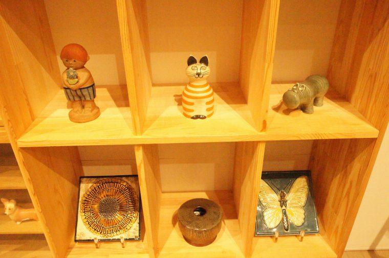 人や猫、猫、そのほか、いろいろな陶器作品が見られます!