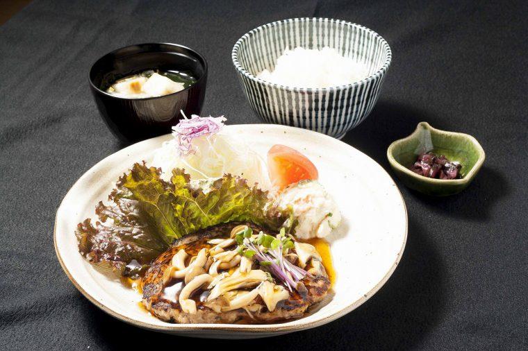 日替わり定食(木曜)/豆腐ハンバーグ定食750円