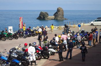 【糸魚川市】県内外のバイク愛好者が集い、コーヒーを飲みつつバイク談議やゲームを楽しむイベント