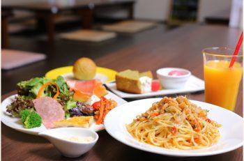農家レストランの旬なヘルシーランチ。パスタやドリアなどイタリア料理を中心に定食も用意 |胎内市