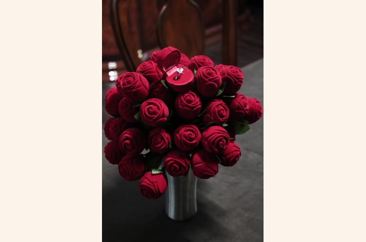 バラのかわいいジュエリーケース