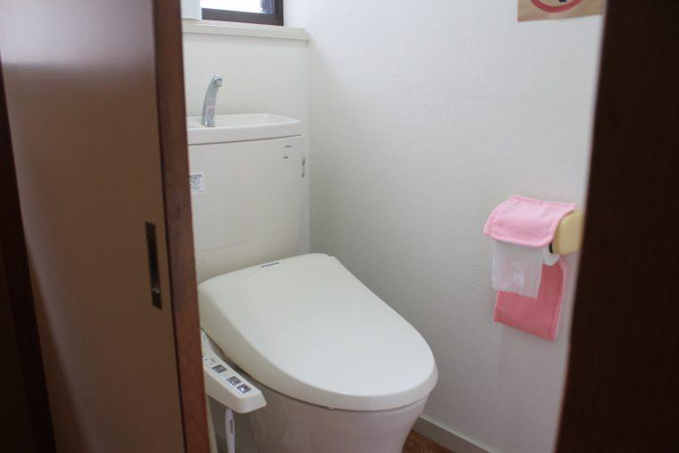 トイレも新しくてきれいです。お風呂もきれいです
