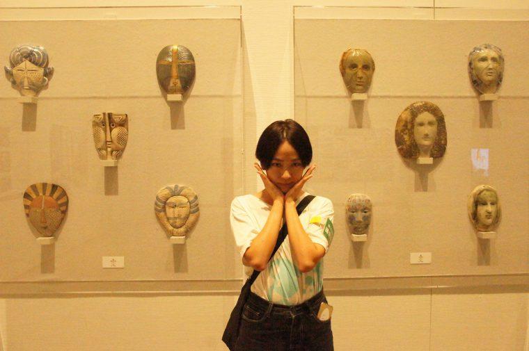人間の多様な表情を表現した作品。味わい深い…。