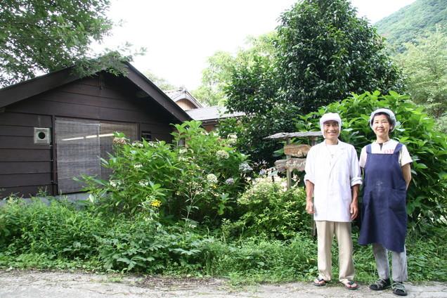 2008年に『月刊にいがた』のパン特集で取材にお邪魔した時の、佐渡市猿八の「ポッポのパン」と小林さんご夫妻