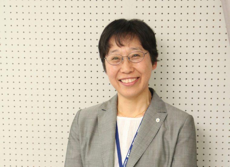 新潟市健康づくり 政策担当部長 高野真弓さん。職種は保健師。保健衛生部保健所健康増進課長を経て、今年度より現職
