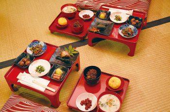 【関川村】おかあちゃんたちが作る郷土料理を堪能